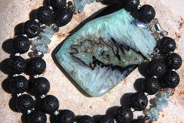 Wild Crystal Slice with Black Lava and Aquamarine Gemstone Necklace